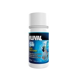 Fluval Aqua Plus Tap Water Conditioner 30ml